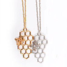 Simple Hollow Out Alloy Honeycomb Pendant Necklace Personality Hard Working Bee Insect Choker Necklace Fashion Jewelry For Women цена 2017