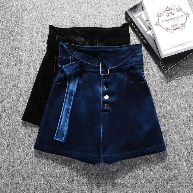 ae01.alicdn.com/kf/H6cae243a6f634fbbbba7142afaaa39d6L/Moda-de-alta-qualidade-outono-inverno-veludo-shorts-mulheres-cintura-alta-perna-larga-cal-as-curtas.jpg_640x640q70.jpg
