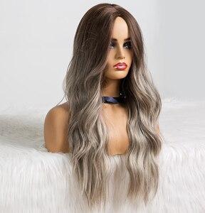 Image 2 - EATON perruque synthétique longue ondulée grise, noire, brune et grise pour femmes, perruque naturelle avec raie centrale résistante à la chaleur