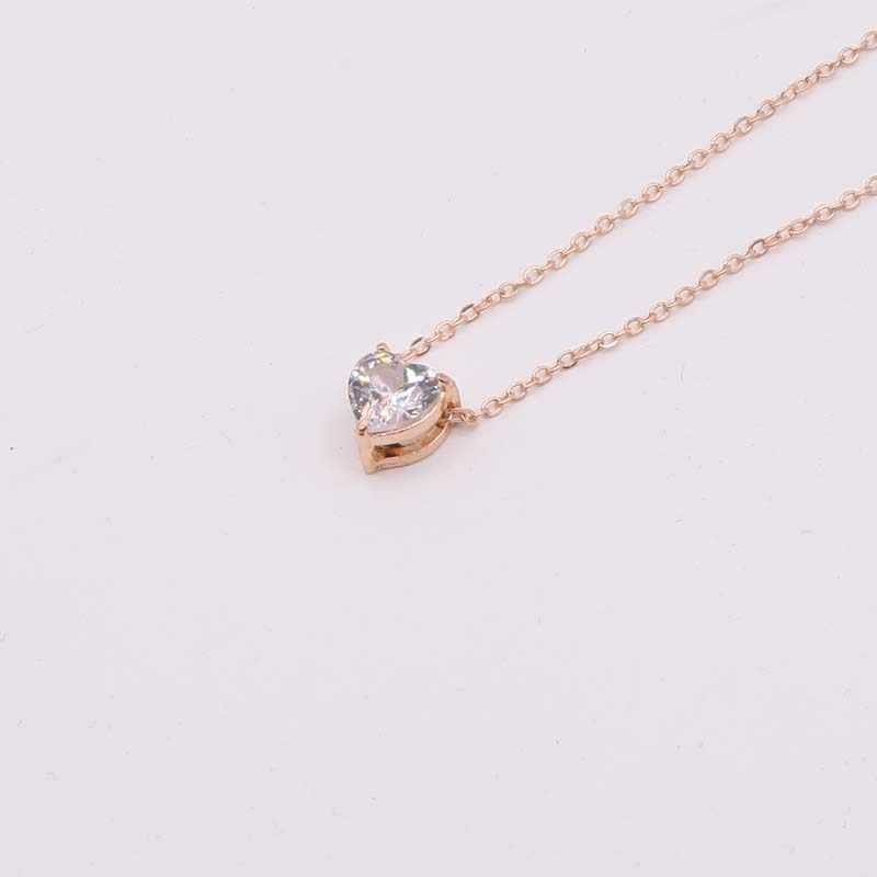 Złoty kolor olśniewający cyrkon naszyjnik w kształcie serca dla kobiet niewidzialna, przezroczysta żyłka wędkarska prosty naszyjnik z wisiorkiem biżuteria hurtowych