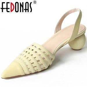 FEDONAS Buckle Genuine Leather