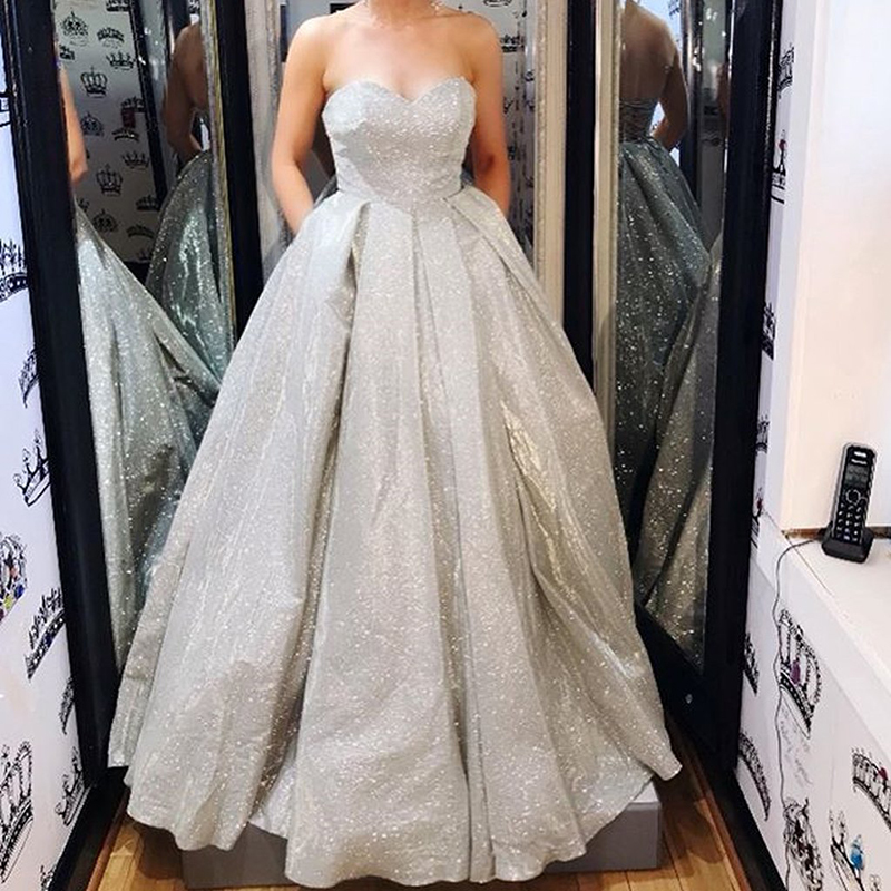 Silver Sparkly Ball Gown Long Prom Dresses Sweetheart Backless Prom Dress With Pockets Floor Length Evening Gowns Robe De Soiree