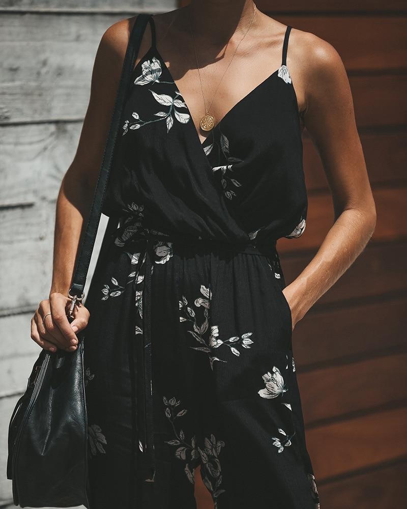 2019 Spaghetti Strap Beach Boho Floral Print Romper Women Beach Dress Jumpsuit Strappy Sexy V Neck Wrap Pocket Playsuit Tunics