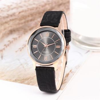 Top Luxury Women Watch Prismatic Glass Round Dial Roman Number Faux Leather Watch Band Fashion Ladies Analog Quartz Watches