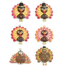 (Diseño a elegir primero) 10 unids/bolsa esmalte Color plata y diamantes de imitación Día de Acción de Gracias colgante turco para DIY collar joyería