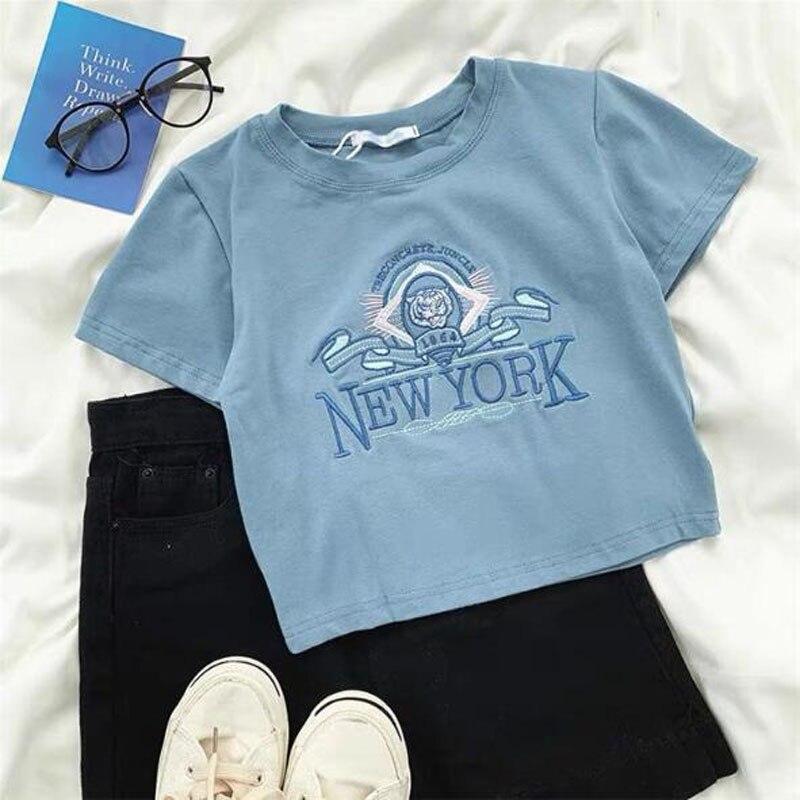 Женская футболка с коротким рукавом, с круглым вырезом и вышивкой