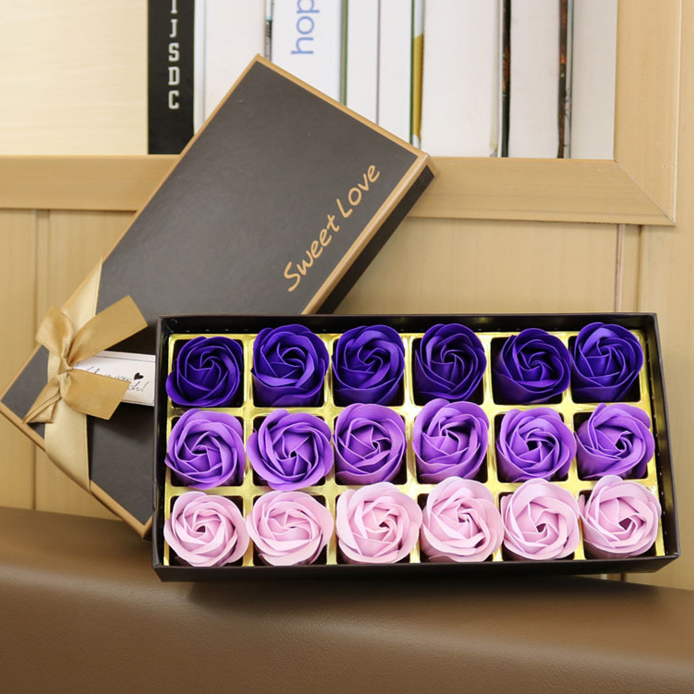 18 Pcs Set Valentine's Day Rose Bath With Gift Box For Wedding Simulation For Women Face Flower Soap Petal