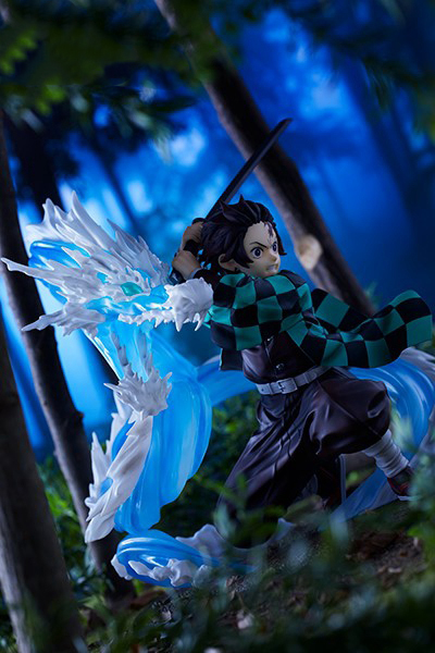 Free Shipping Demon Slayer: Kimetsu no Yaiba Statue Tanjiro Kamado Constant Flux Xmas gift model toy B19