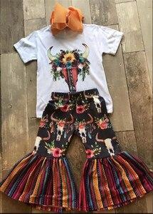 Футболка с цветочным рисунком; комплект одежды для маленьких девочек; полосатые Цветочные расклешенные брюки; верхняя одежда; сезон лето-ос...
