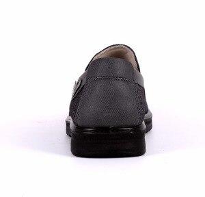 Image 4 - Zapatos de marca de goma adultos para Hombre, Zapatos planos sin cordones, cómodos, transpirables, Tenis masculinos, Zapatos para Adulto, zapatillas de Hombre, zapatillas para Hombre