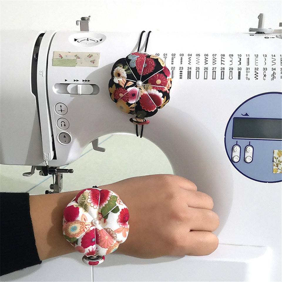 3 PCS Pin Cushion Flower Shaped Wearable Pin Needle Cushion with Elastic Wrist Belt for Cross Stitch Sewing Home Sewing DIY Handcraft Tool