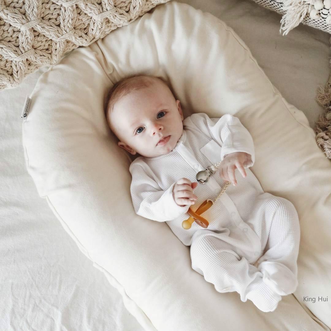 Berceau ou lit transat portatif pour bébé