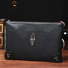 Korean mens hand bag fashion rivet wrist and womens casual shoulder diagonal iPad