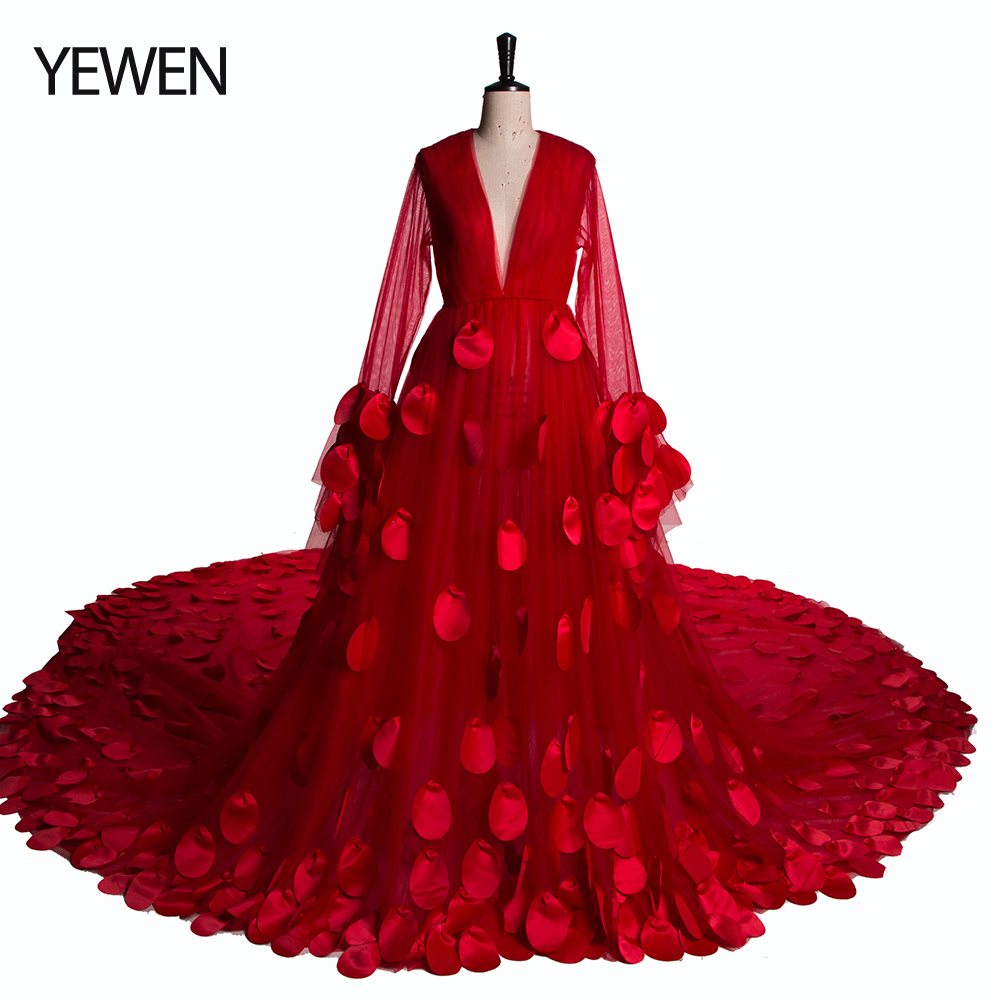 Sexy Red Color Wedding Dress Plus Size 2020 New Arrival Flowers Long Sleeves Boho Beach Color Bridal Gown