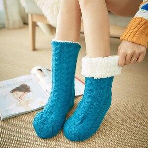 새로운 여성 아늑한 솔리드 양말 겨울 따뜻한 수면 침대 양말 층 홈 솜털 양말 퍼지 양털 안감 따뜻한 크리스마스 선물 meias