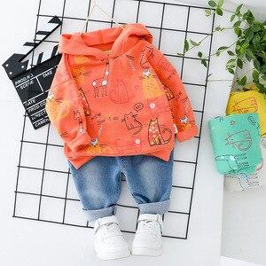Image 4 - Ropa para bebés y niños niñas vestido con capucha superior + Jeans moda 2 uds. Ropa para niños gato ropa para niños conjunto naranja impresa