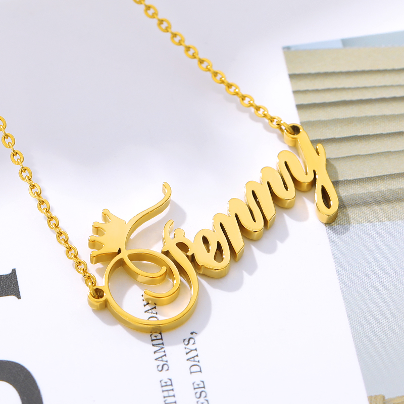 Personalized Name Crown Necklace Customized Cursive Font Nameplate Pendents Stainless Steel Gold Chain Handmade Female Jewelry