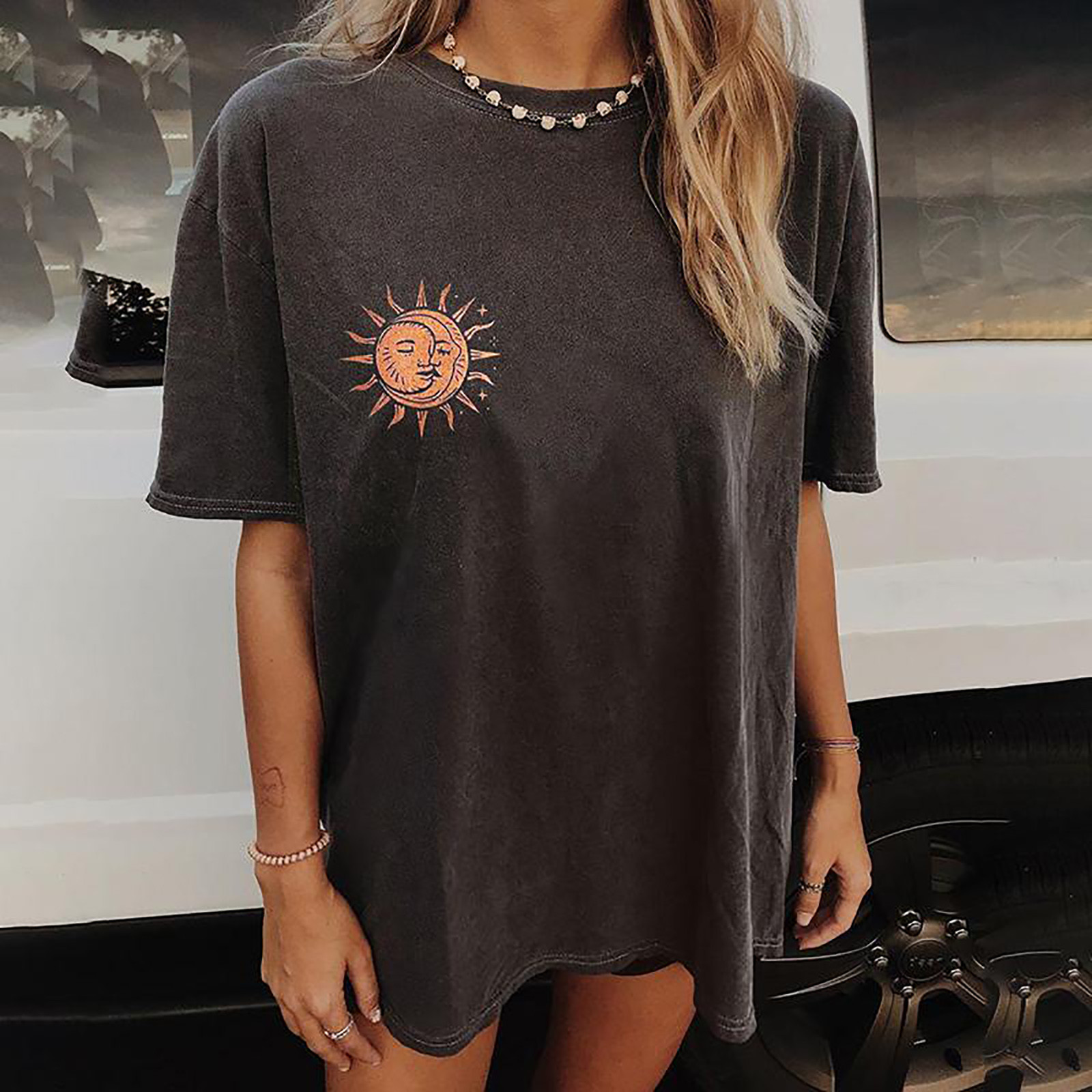 Vintage Sun And Moon Printed Pattern Tee Shirt  2