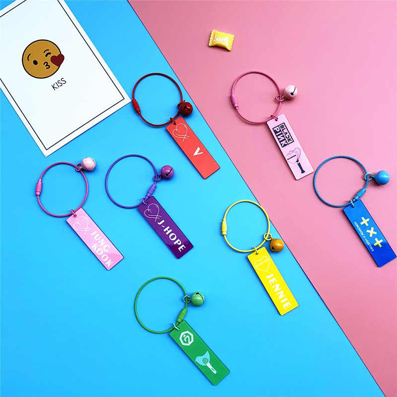 KPOP Bangtan Keychain BLACKPINK EXO GOT7 TWICE SEVENTEEN Two Side Key Chains Candy Bells Acrylic Keyring Accessories Jewelry