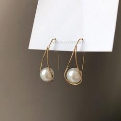French Small Temperament Stereo Pearl Earrings Fashion Personality Eardrop Beautiful Drop Earrings