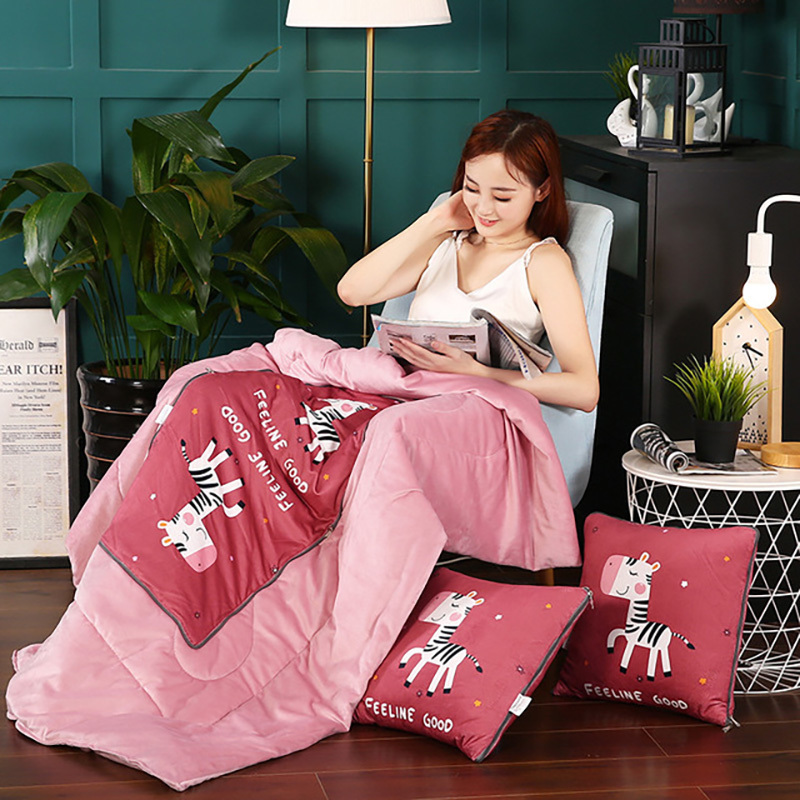 Pillow Blanket 2 In 1 Multifunctional Decor For Bed Office Sofa Cushions Quilt 40x40cm Cushion Unfolded Size 110x150cm Blankets