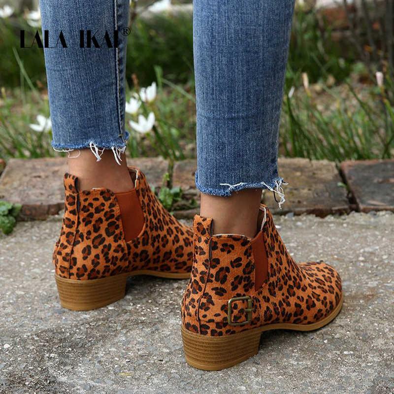 LALA IKAI çizmeler kadın erken kış ayak bileği leopar orta topuk ayakkabı kadın Slip-On Casual siyah kare topuk zapatos de mujer C8423-4
