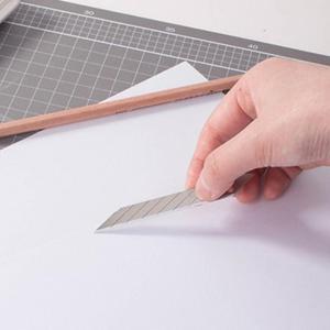 Image 3 - CNGZSY – lames en acier inoxydable, 9mm, 30 degrés, pour couteau utilitaire, papeterie scolaire et de bureau, emballage, coupe artistique E03, 50 pièces