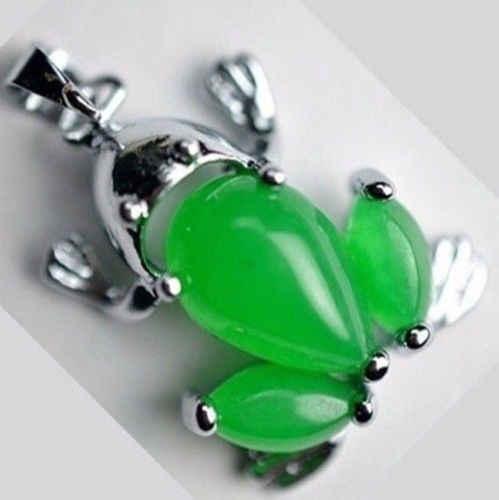 Frete grátis>> colar de pingente de prata bonito verde jade sapo tibete