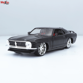Maisto 1:24 Modified 1970 Ford Mustang Boss 302 alloy car model crafts decoration collection toy tools gift how to go to work
