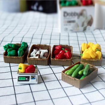 Śliczne 1 12 skala miniaturowy domek dla lalek warzywa lub wagi elektroniczne zagraj w kuchnię Mini meble spożywcze akcesoria do modeli zabawek tanie i dobre opinie Umedolly Metal Zabawki kuchenne zestaw Not full Size This is a suit Unisex 8 lat Żywności Doll-3