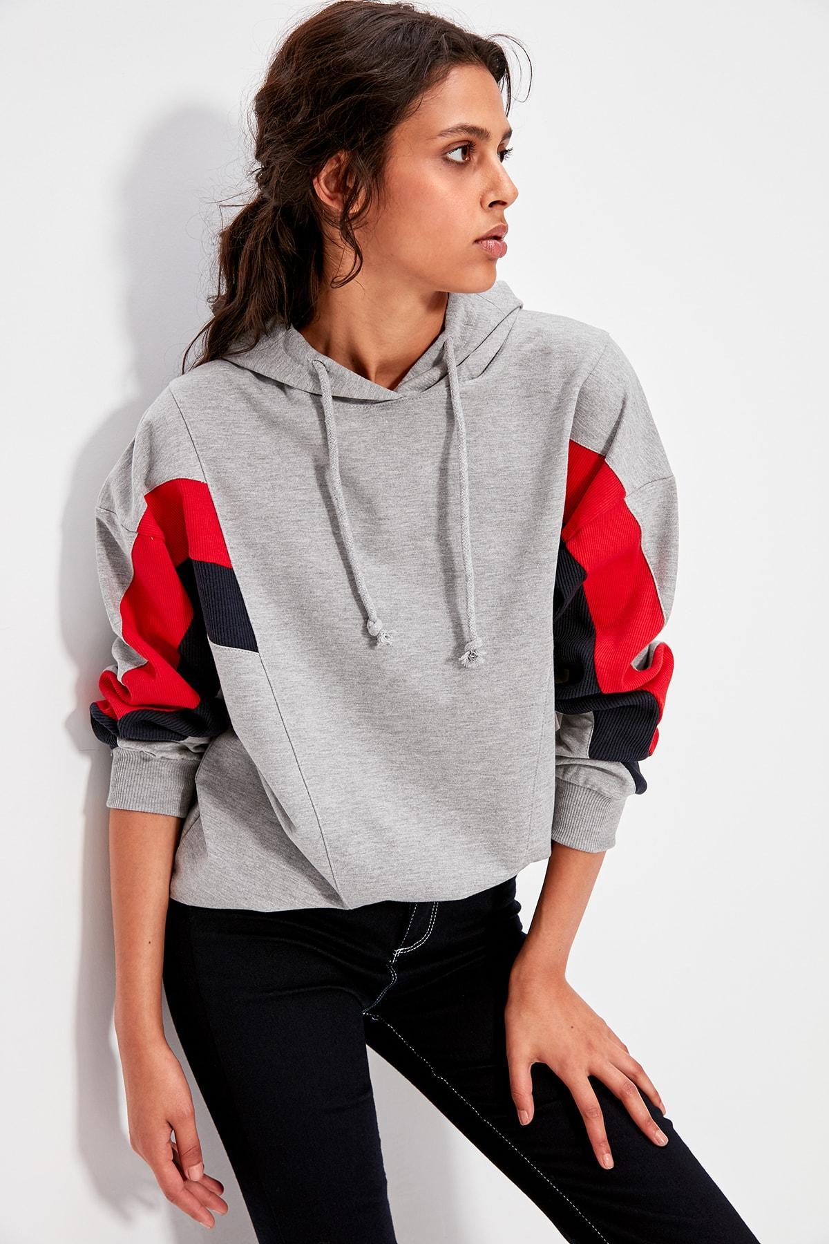 Trendyol Gray Color Blocky Boyfriend Knitted Sweatshirt TWOAW20SW0075
