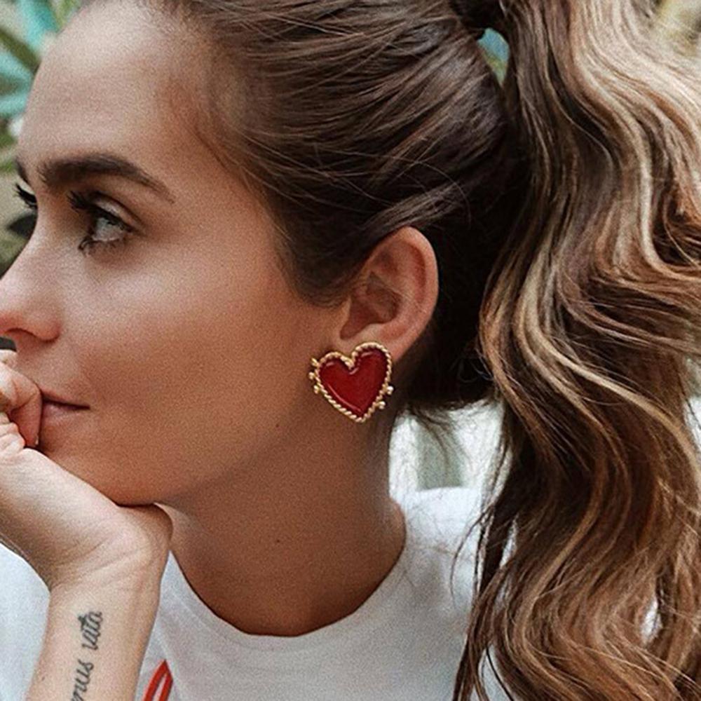 2020 New Design Red Heart Stud Earring Women Metal Gold Color Eye Heart Lips Wedding Statement Earrings Fashion Party Jewelry