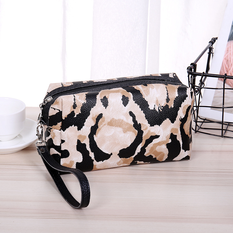 PURDORED 1 pc Portable Leopard Cosmetic Bag Women Travel Makeup Organizer Storage Bags neceser de maquillaje Dropshipping in Cosmetic Bags Cases from Luggage Bags