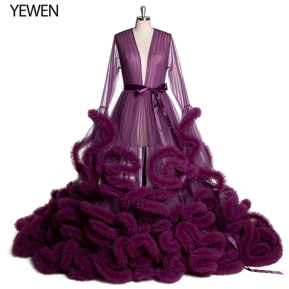 2020 Long Puffy Sleeve Purple Prom Dresses Tulle See Though V-neck Evening Gowns Evening Party Gown Robe De Soiree Plus Size