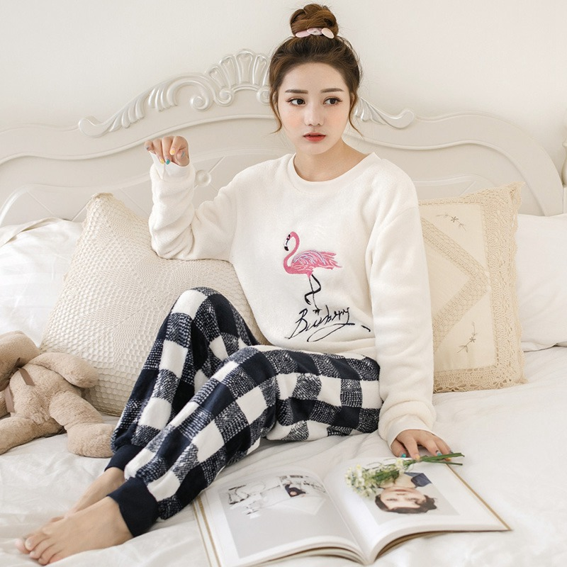 Thick Warm Flannel Cute Cartoon Flamingo Pajamas Sets For Women 2019 Winter Long Sleeve Coral Velvet Sleepwear Homewear Clothes