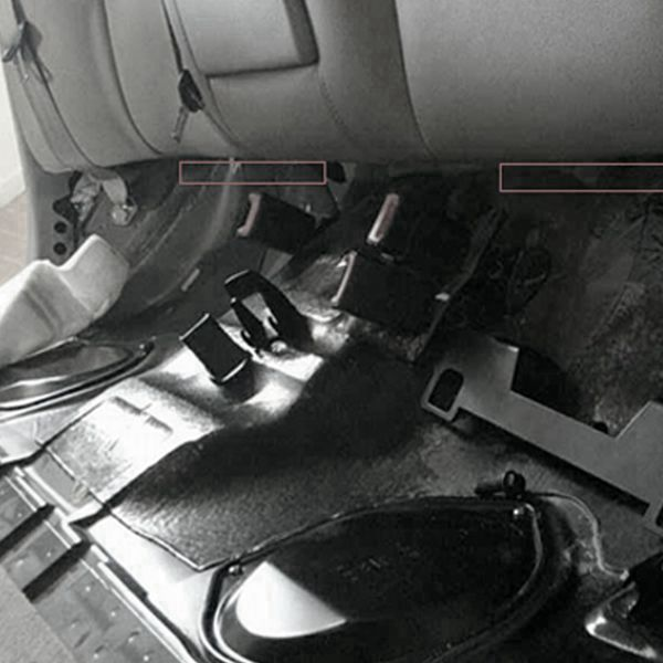 Isofix Belt Connector Interfaces Guide Bracket Car Baby Child Seat Belts Holder