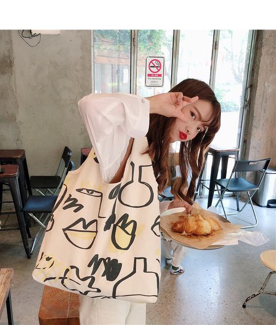 Japanese INS Beige Canvas Hobo Bag Cartoon Graffiti Pattern Half Moon Shoulder Bag Casual eco friendly Shopping Bag Girls Purse 6