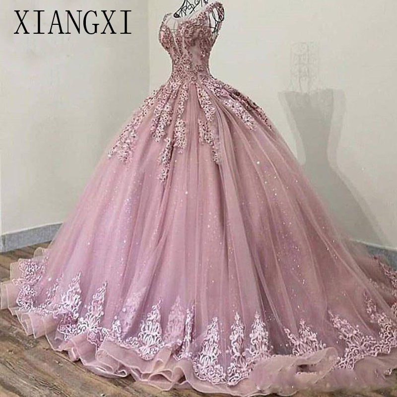 2019 Elegant Sheer Jewel Neck Evening Dress Ball Gown Lace Appliques Beads Sweep Train Formal Gown Vintage Prom Dresses