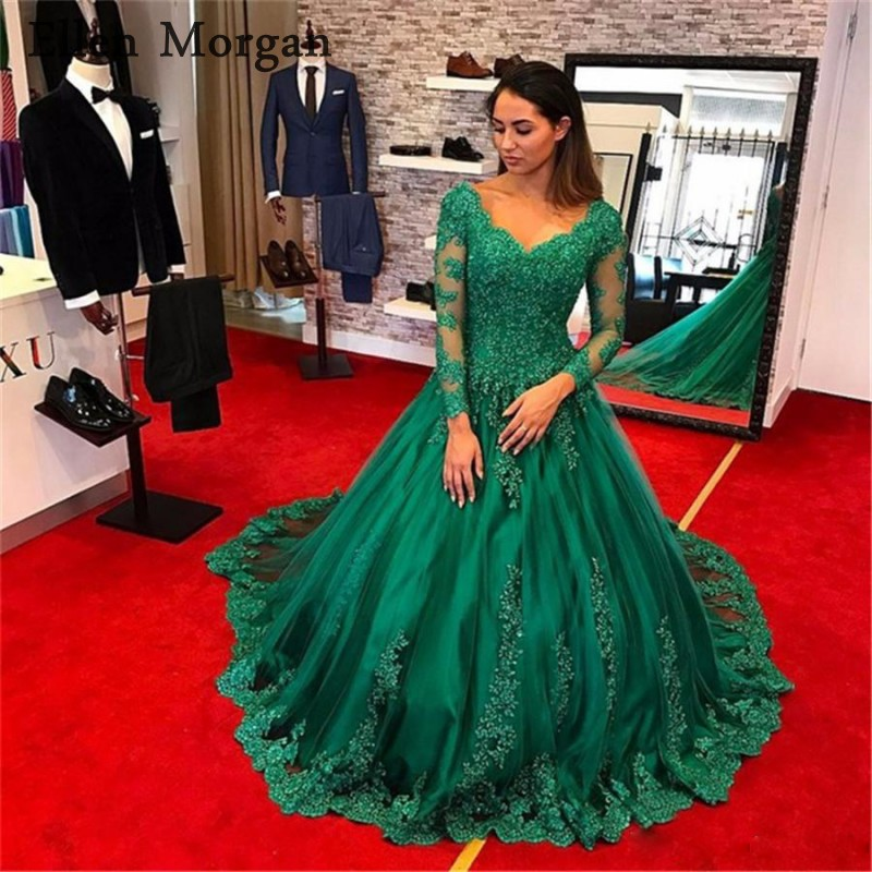 Dark Green Long Sleeves Wedding Dresses 2019 Appliques Lace V Neck Puffy Muslim Middle East Countris Custom Made Bridal Gowns
