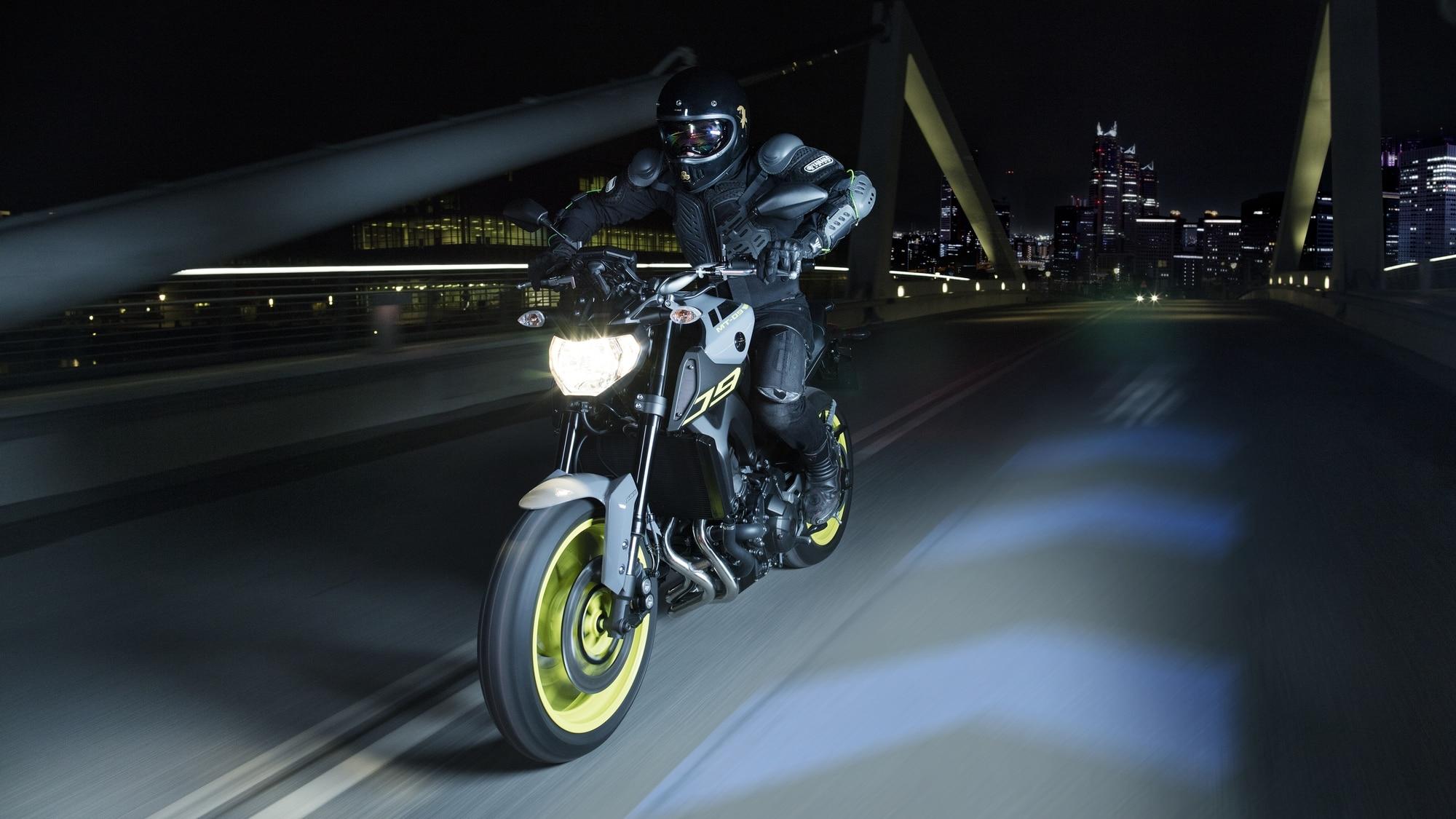 Motocicleta clip-on guiador 22mm se encaixa 31
