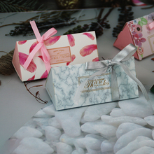 10pcs New DIY Triangle Paper Box Gift For Wedding Favors Birthday Party Candy Cookies Christmas party gift ideas