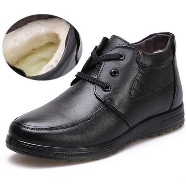 2020 Nieuwe Lace Up Winter Schoenen Mannen Laarzen Warme Schoenen Verdikte Wol Snowboots Mannen Schoenen Casual Non slip Echte Lederen Laarzen Zwart