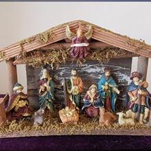 Европейский деревянный домик модель Иисуса из смолы Рождественское