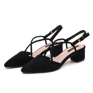 Image 4 - 신발 여성 2020 여름 샌들 여성 스퀘어 하이힐 펌프 여성 샌들 하이힐 신발 숙녀 플록 포인트 발가락 샌들