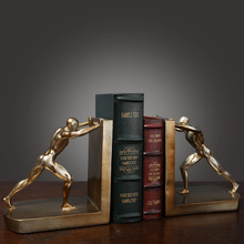 European-Style Retro Creative Study Wine Cabinet Office Decorations Ornaments Sports People Push Things Bookends By Book stand