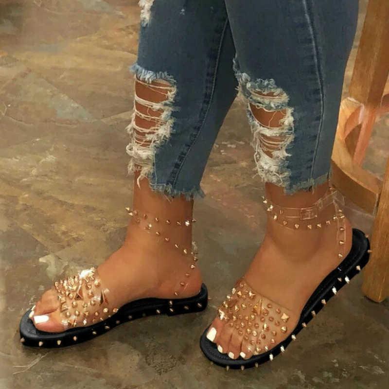 Kadınlar yaz yeni sandalet düz topuk perçin platformu Peep Toe ayak bileği toka 2020 moda Punk plaj bayanlar ayakkabı Zapatos De mujer