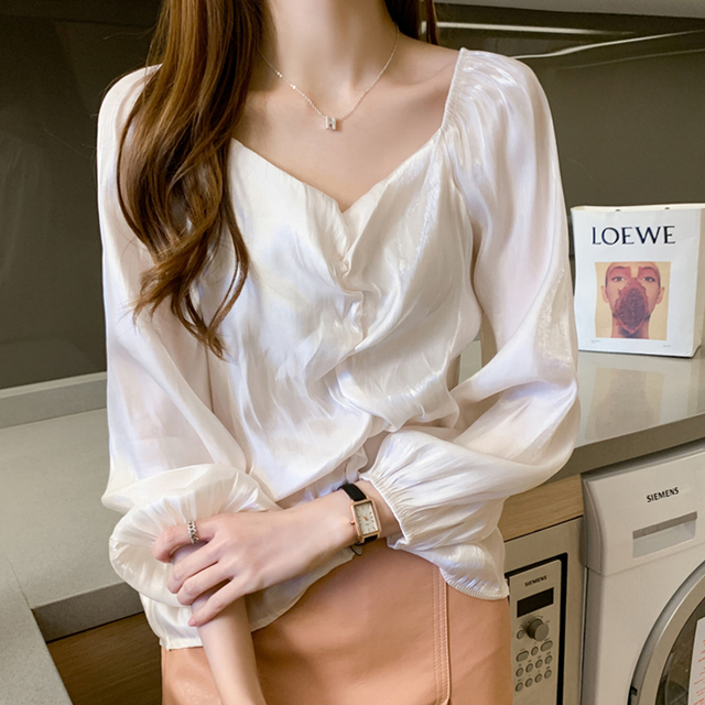 Korean Clothes Autumn V-eck Woman s Blouses Vintage Puff Long Sleeve Satin Silk Shirts Overalls for Women Blusas Mujer 10542