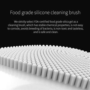 Image 4 - Limpeza facial mini escova de massagem elétrica sônica limpeza profunda rosto sônico ferramentas limpeza silicone à prova dwaterproof água presente