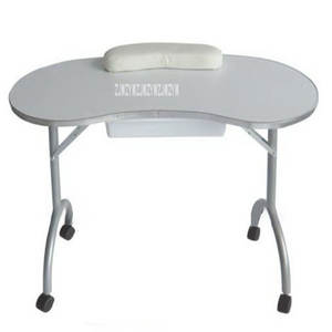 Manicure-Table Salon...