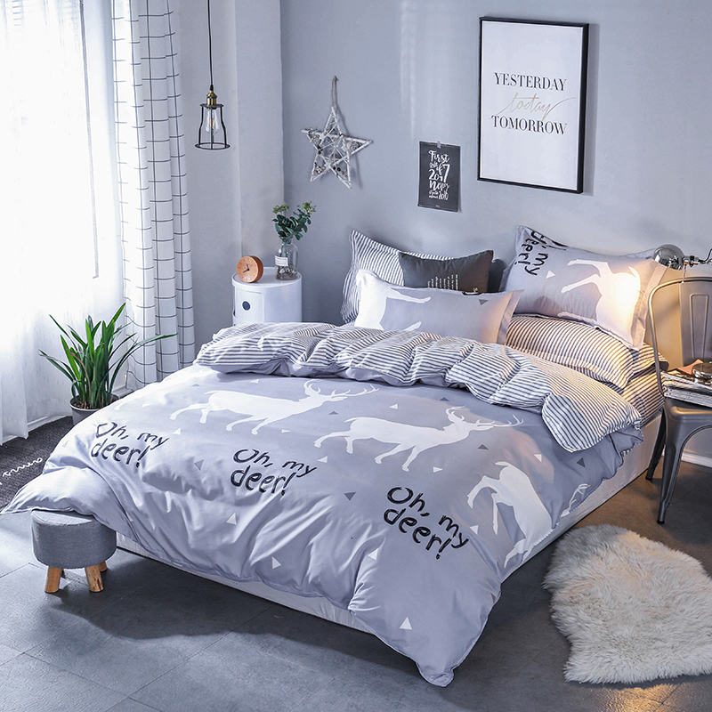 Oh My Deer Print Light Grey Bed Sheets | Deer Pattern Light Gray Sheets